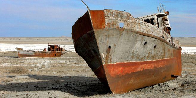 Der Aral-See trocknet aus